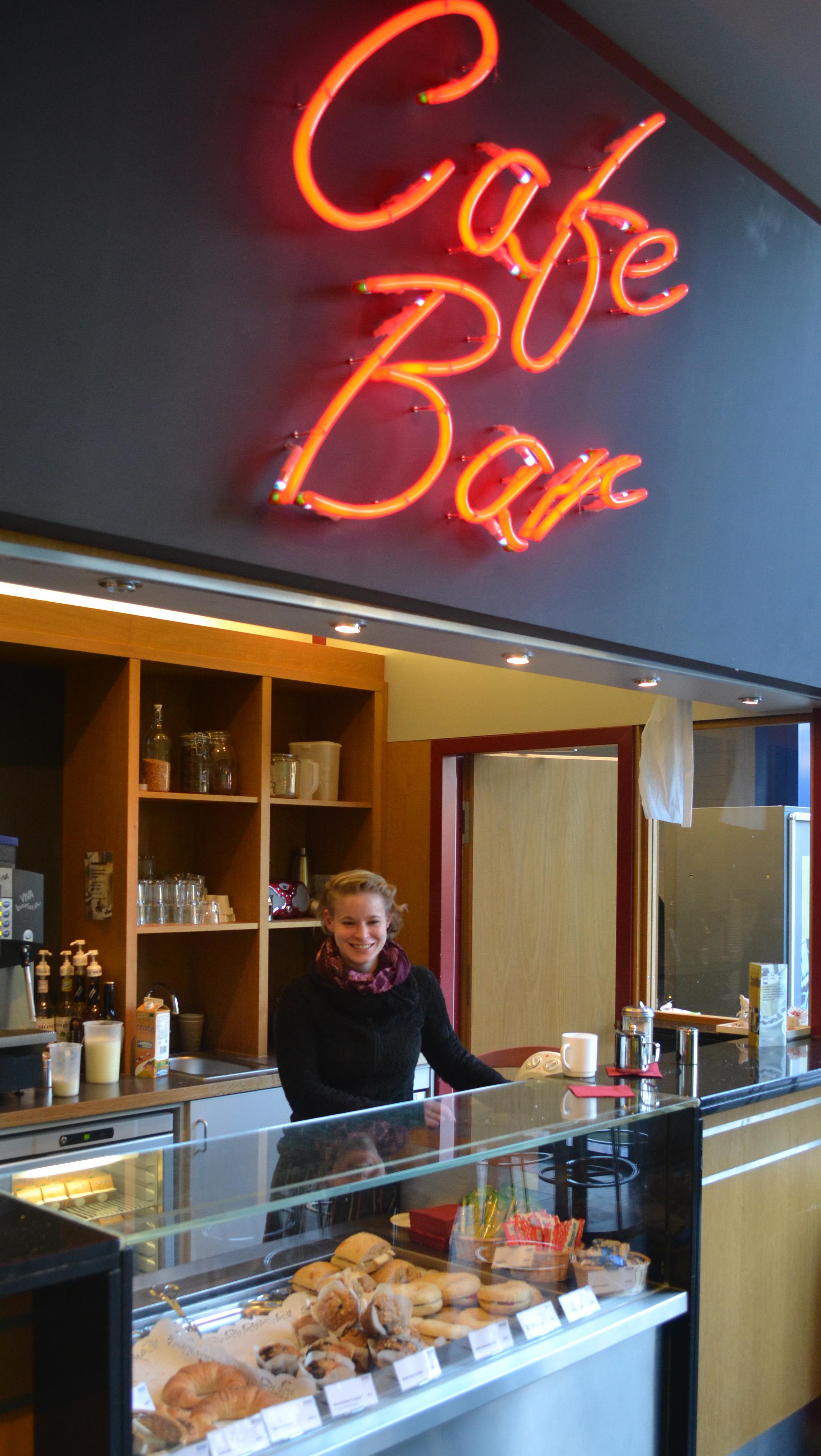 studentenwerk oldenburg caf bar in a1. Black Bedroom Furniture Sets. Home Design Ideas